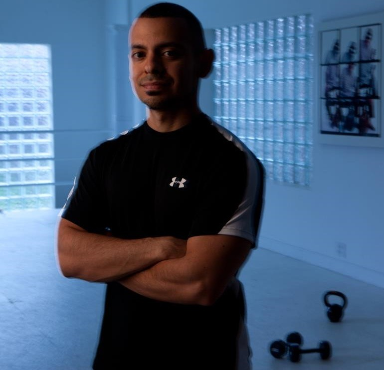 Personal Trainer Chicago, Illinois - Sal Castaneda